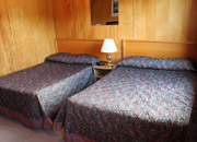 Clode Sound Motel Room #1 to #5 Two Double Beds